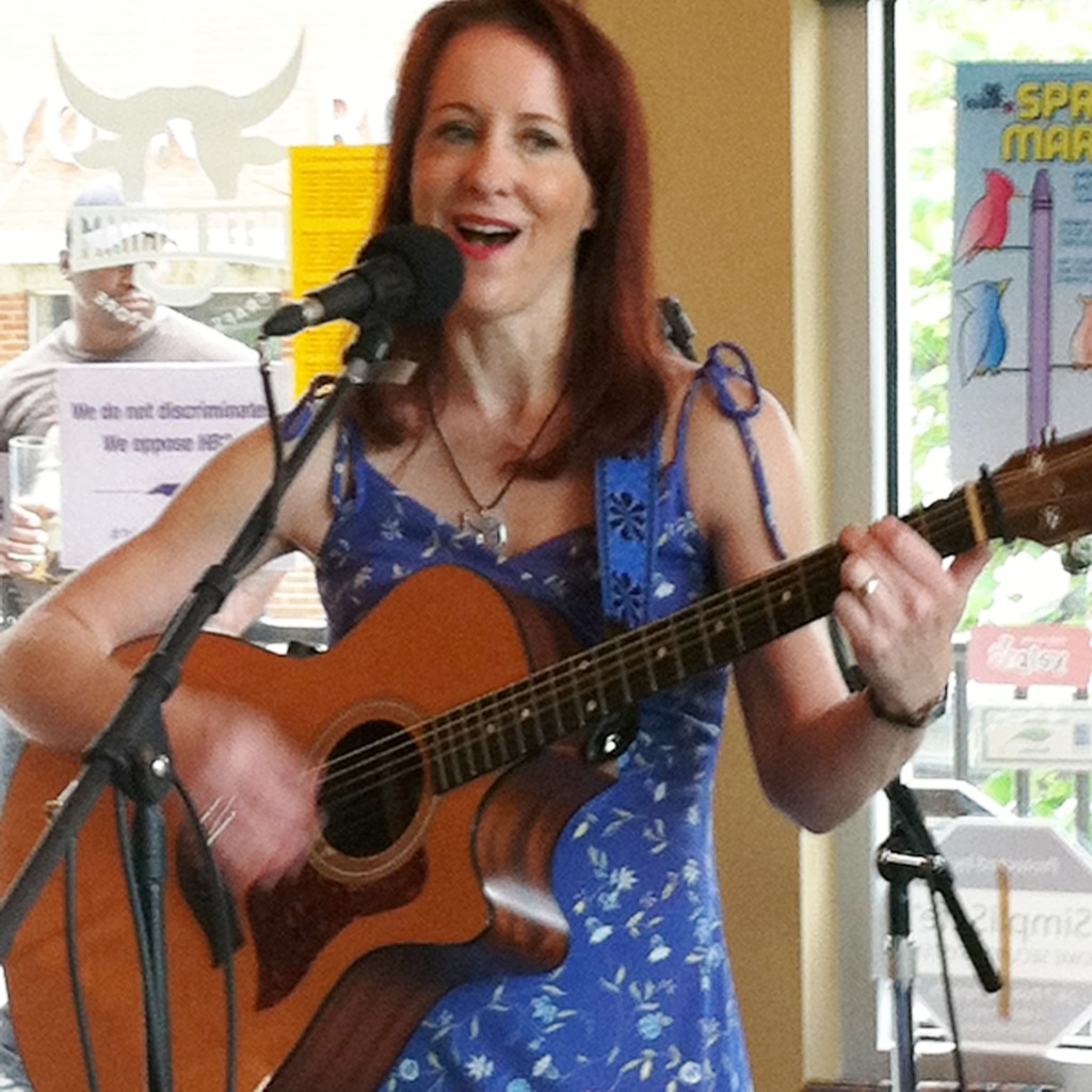 10 Open Mic Do's and Don'ts