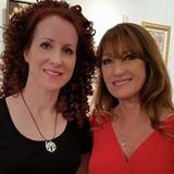 I met artist/actress Jane Seymour at the Mahler Fine Art Gallery in downtown Raleigh Feb 2015 after a Tir Na Nog Irish dance performance